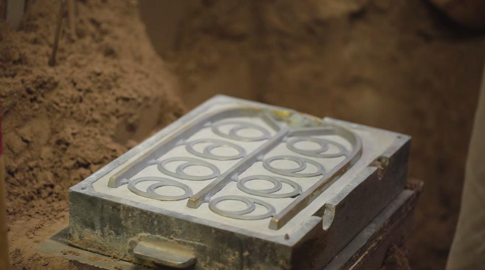 Fabricando piezas de bronce en Futagami