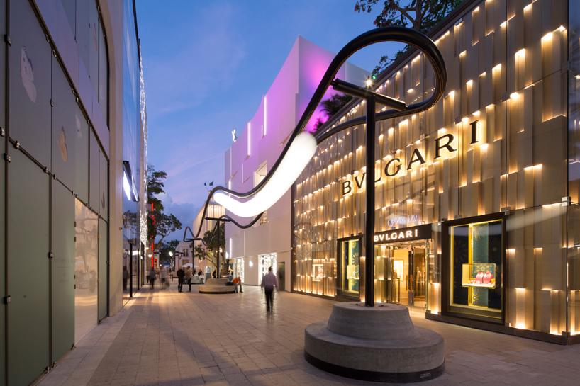 Design Miami 2016: Instalación de luminaria Speed of Light por Philippe Malouin