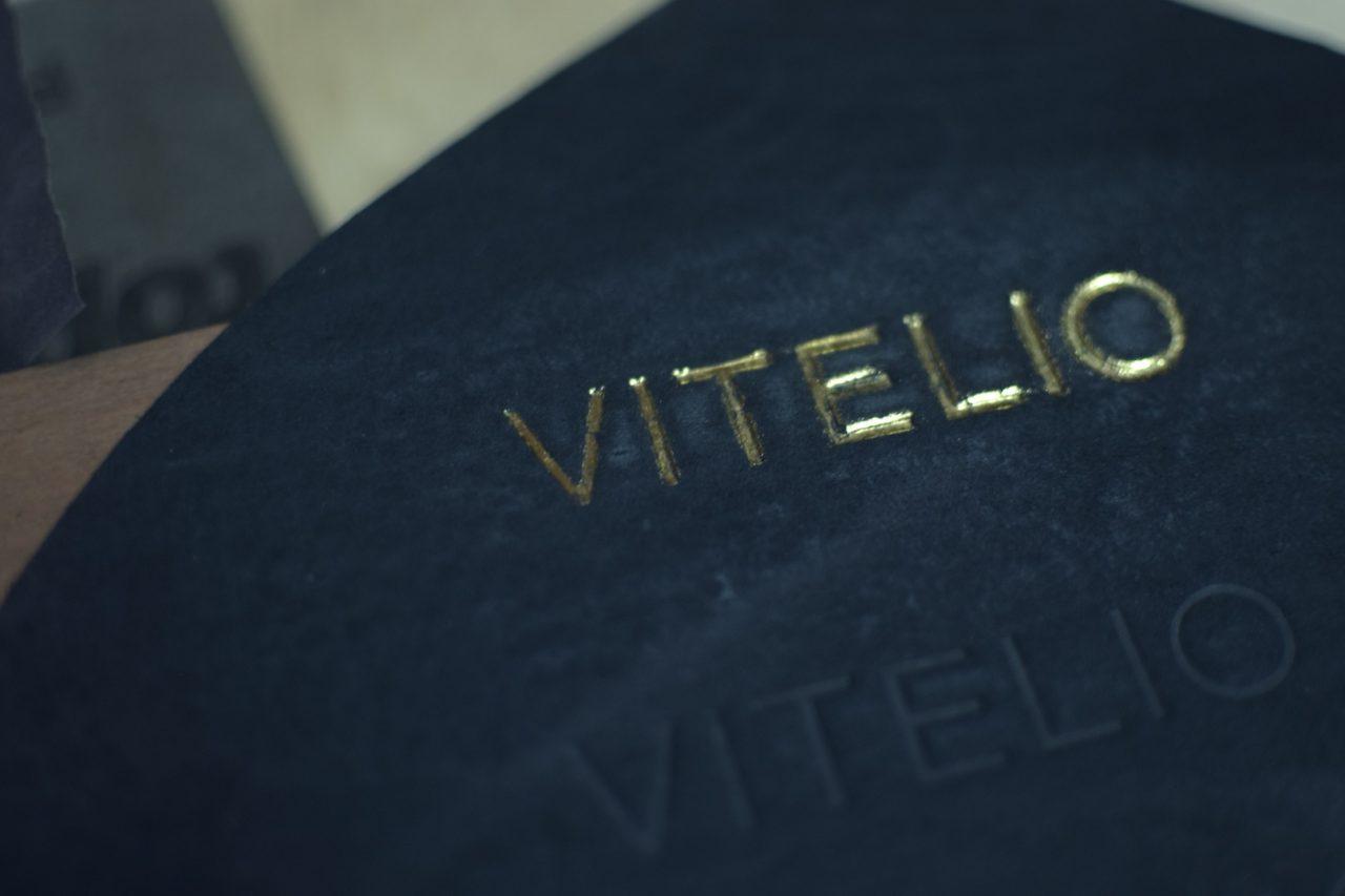 Manufactura: Alberto Vitelio
