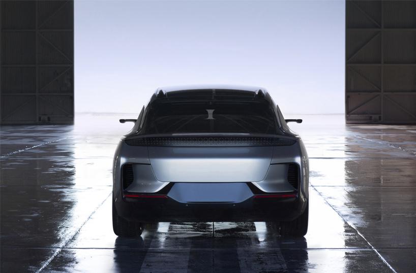 CES 2017: Los autos electricos de Chrysler y Faraday Future